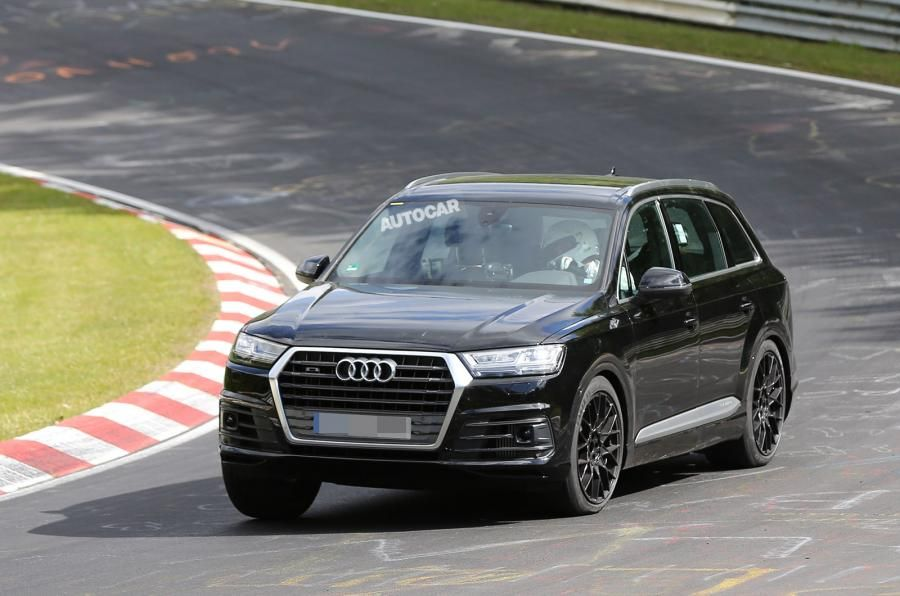 The New Generation Luxury Car Has Been Spotted On The Indian Roads Continuously And It Seems To Be Like The India Specific Audi Q7 Audi Compare Cars Audi Cars