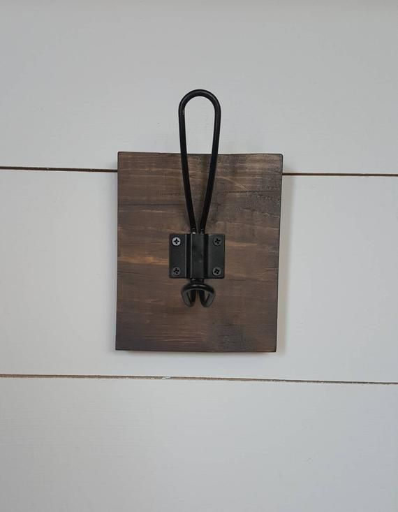 Farmhouse Hook Rack Coat Hook Wood Hook Rack Coat Hook Rack Rustic Rack Entryway Hooks Towel Hanger Wall Mounted Rack In 2020 Towel Hanger Entryway Hooks Hook Rack
