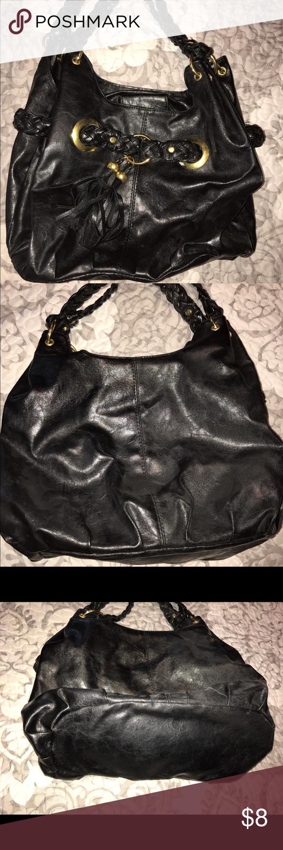 Black bag Black bag, cute tassel in front and braided straps. No name, just adorable bag! Medium size. Bags Shoulder Bags
