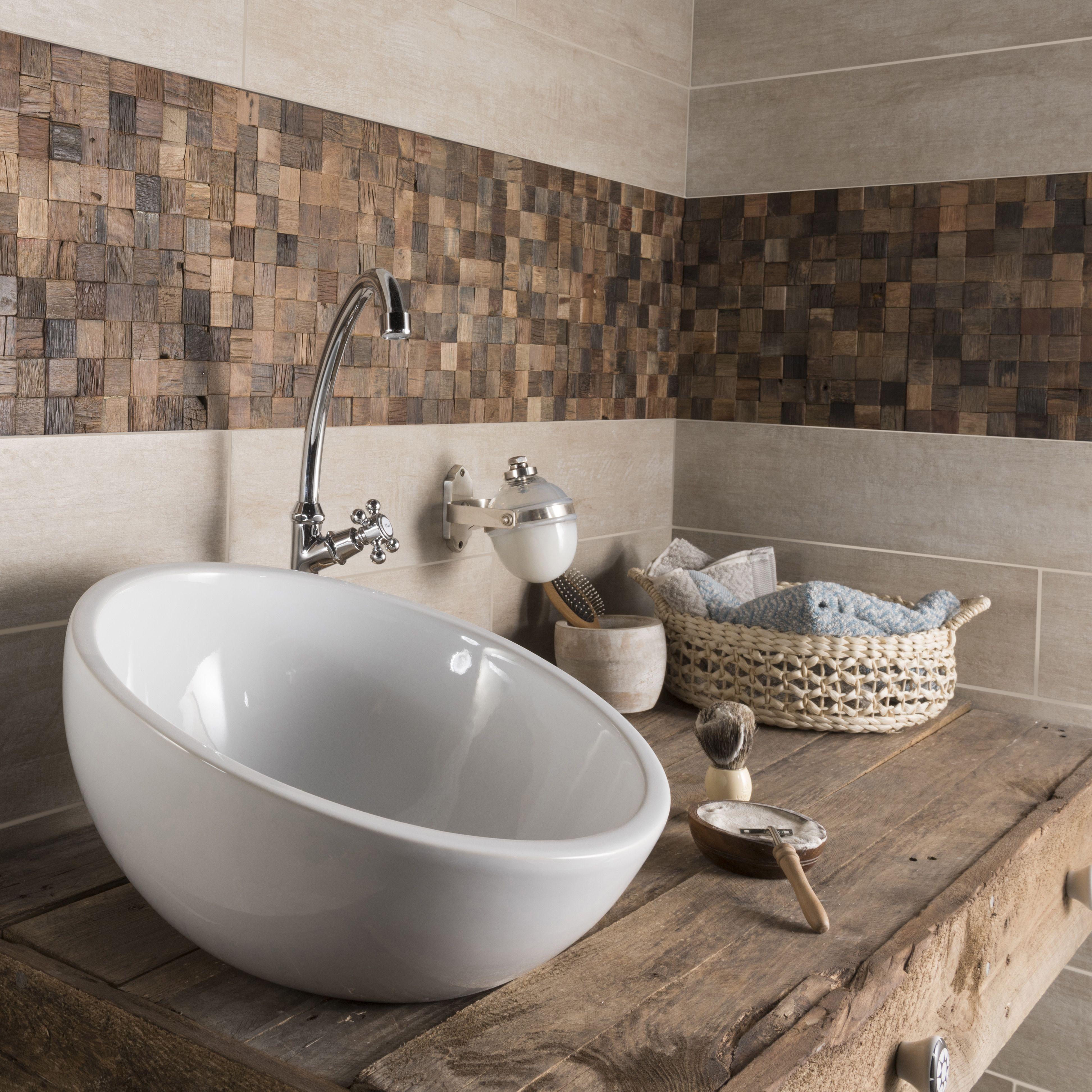 Du bois partout dans la maison  Leroymerlin salle de bain