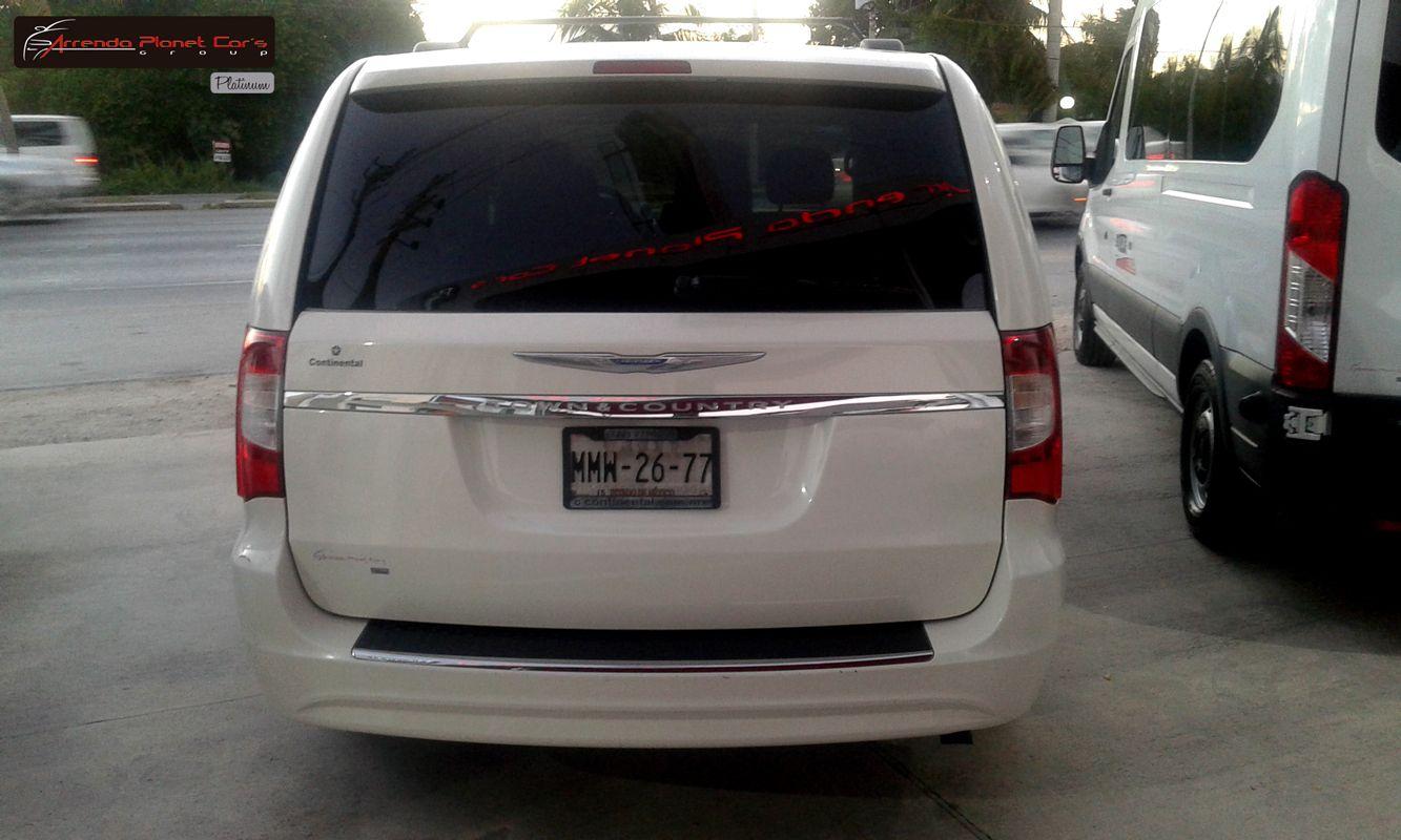 Pin De Arrenda Planet Car En Chrysler Town And Country Viajes