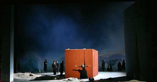 Idomeneo. Teatro all - Idomeneo. Teatro alla Scala. Scenic design by Erich Wonder. 2005 --- #Theaterkompass #Theater #Theatre #Schauspiel #Tanztheater #Ballett #Oper #Musiktheater #Bühnenbau #Bühnenbild #Scénographie #Bühne #Stage #Set