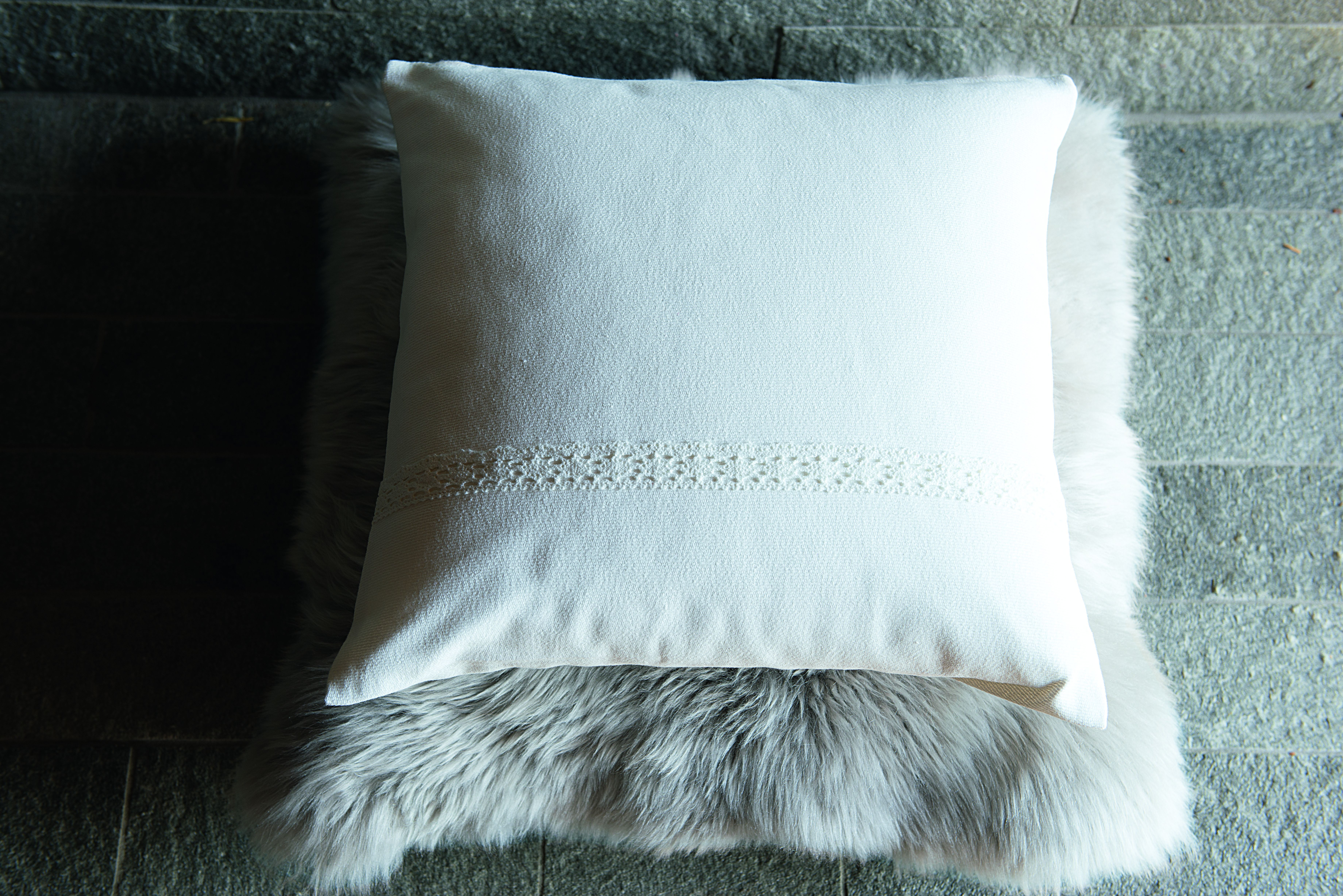 ikea sterreich chalet skold kissenbezug textilien gem tlich winter landhausstil h tte. Black Bedroom Furniture Sets. Home Design Ideas