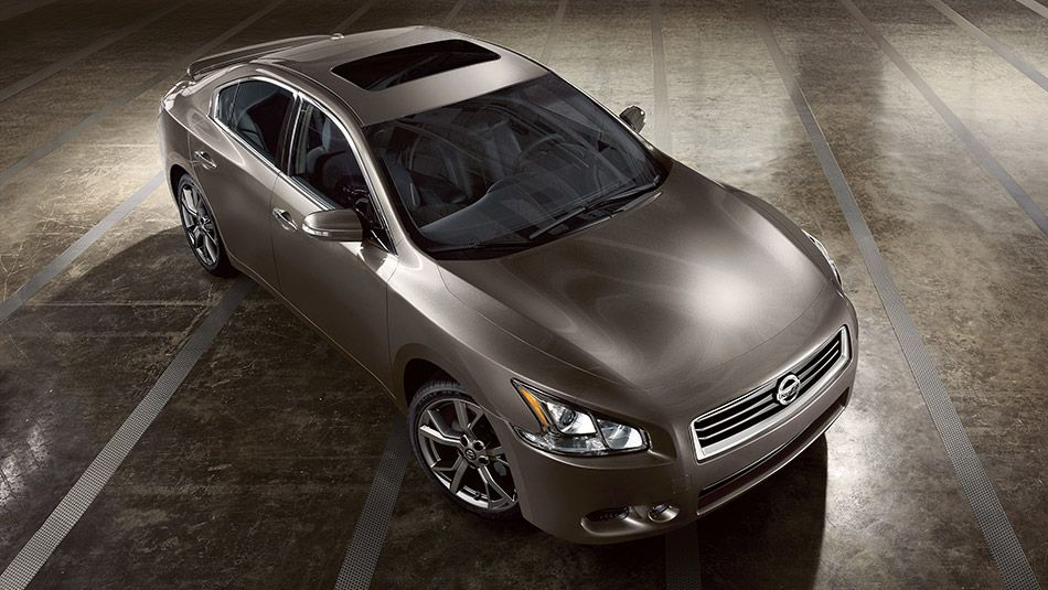 2014 Nissan Maxima Sv Shown In Java Metallic With Optional Equipment Nissan Maxima Nissan Car Lease