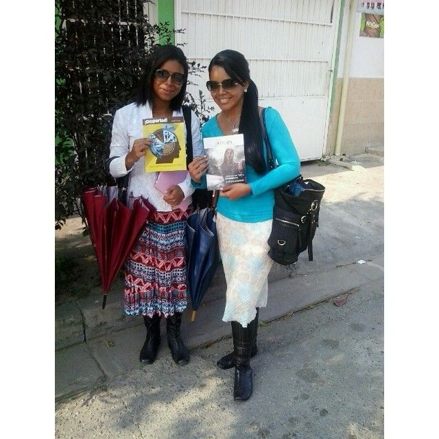 .@luzyris4 | Compañera de predicación #jw #jwservice #jwvenezuela #jworg #jwonly #jwfriend... | Webstagram