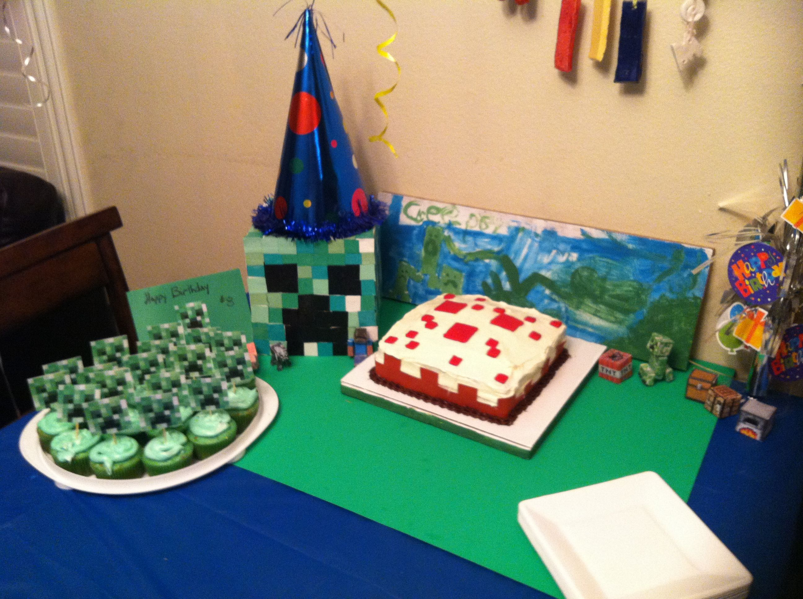 Monecraft Birthday Cake