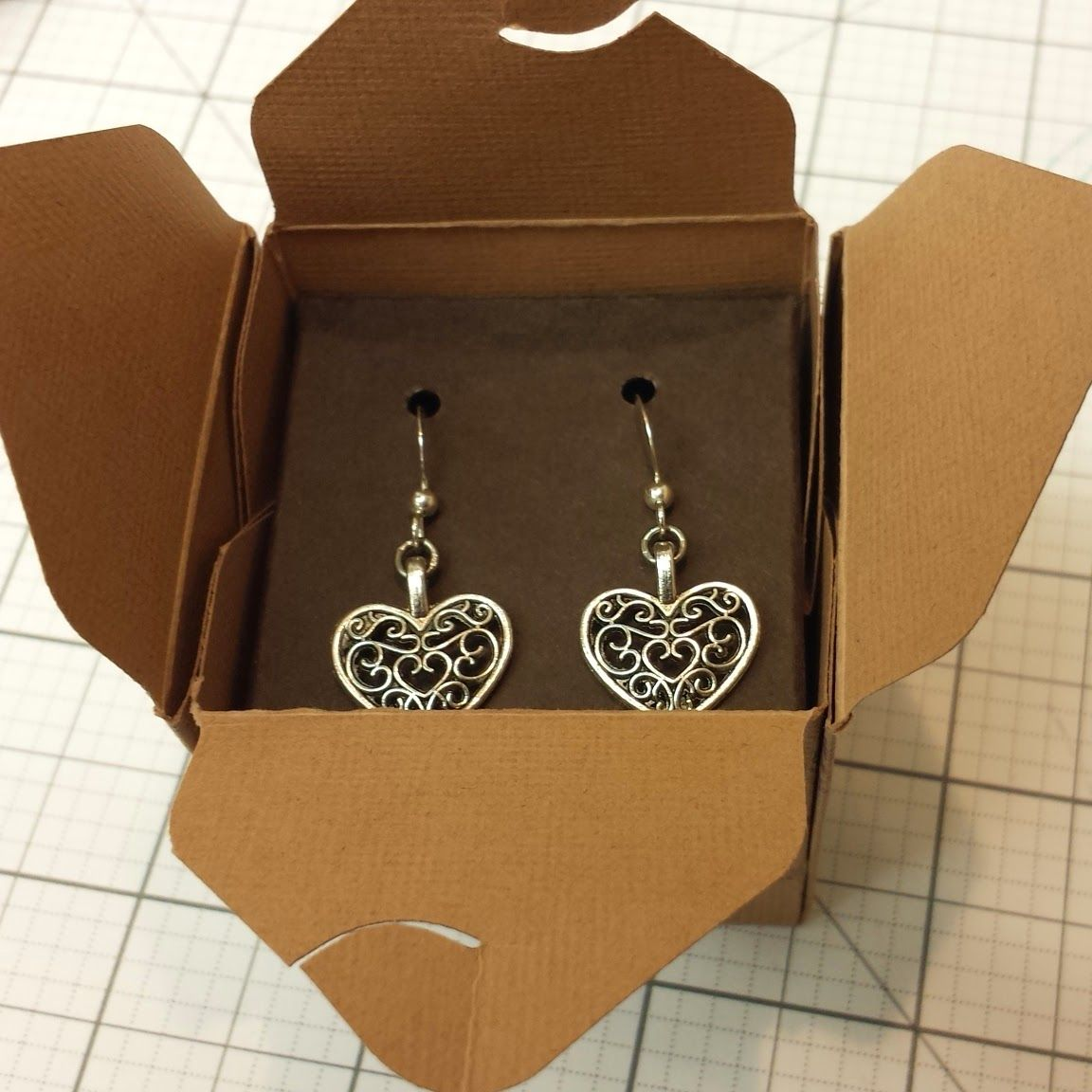 The Efficient Crafter How To Make An Earring And Gift Box Set Diy Jewelry