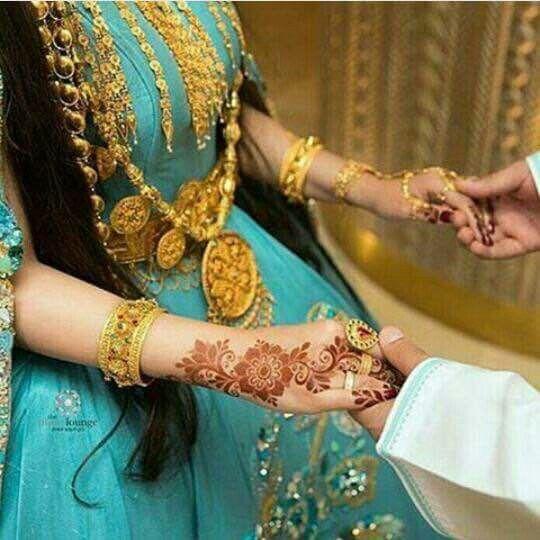 Pin By ર8wlɴ Kħlieɖ On حناء بنات Bridal Henna Designs Bridal Mehndi Designs Bridal Mehendi Designs Hands