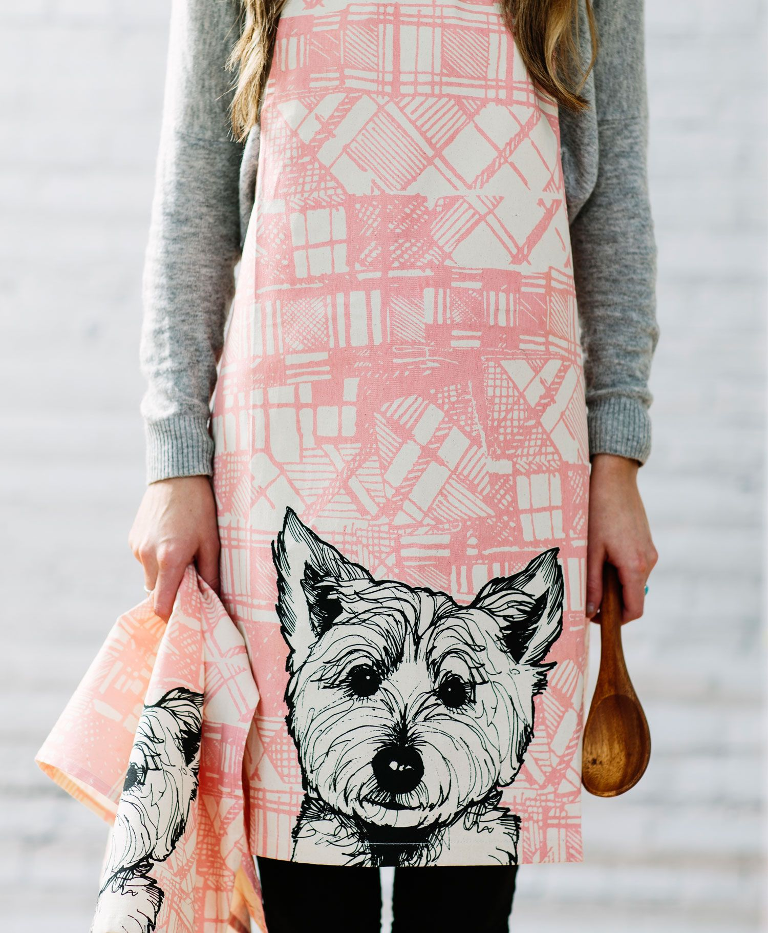 From the ever popular Tartan Animal Collection by Gillian Kyle. This lovely bright Tartan apron ...