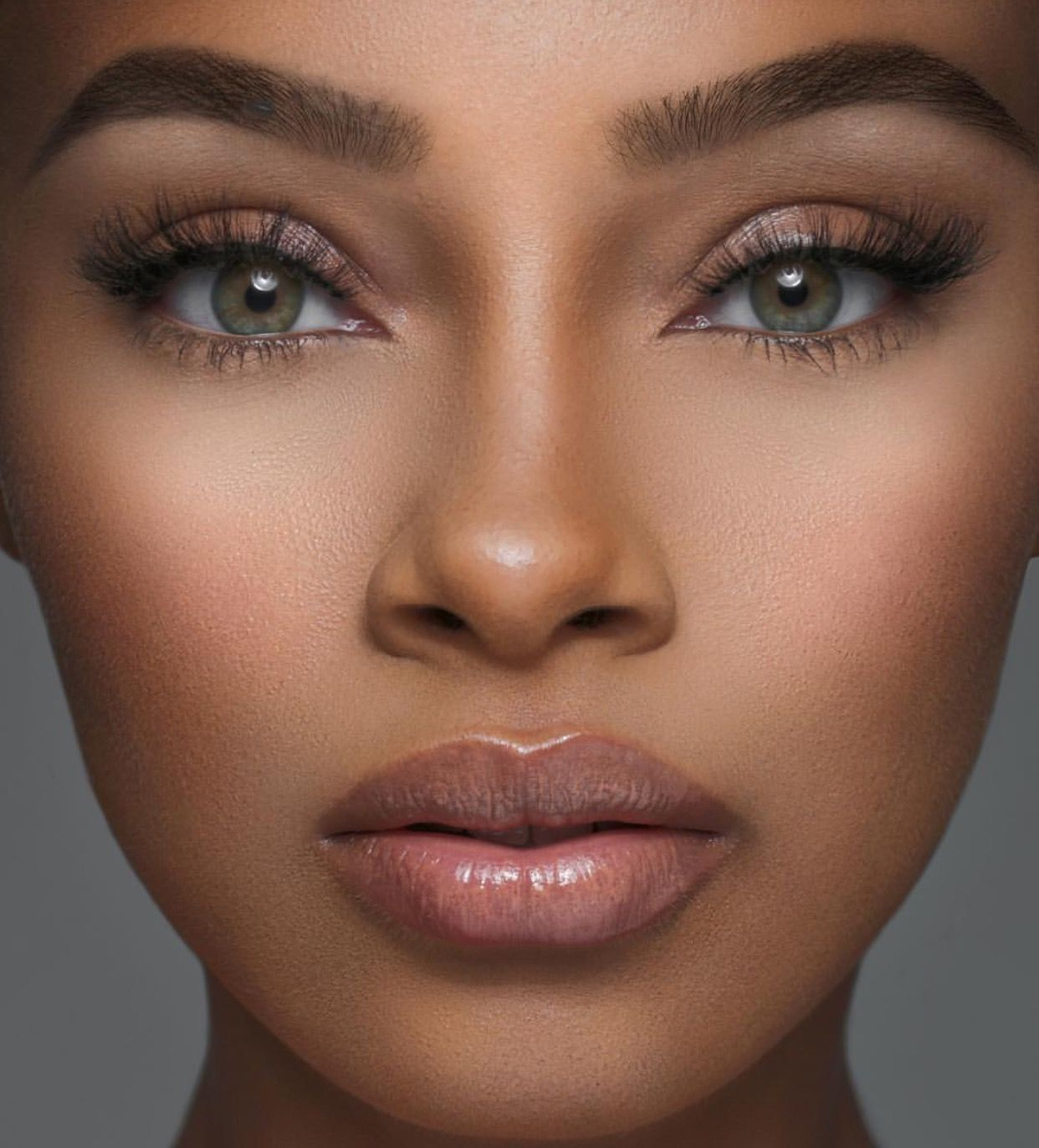ᵛᴬᴿᵀᴬᴾ Makeup, Lip plumper, Nude lip