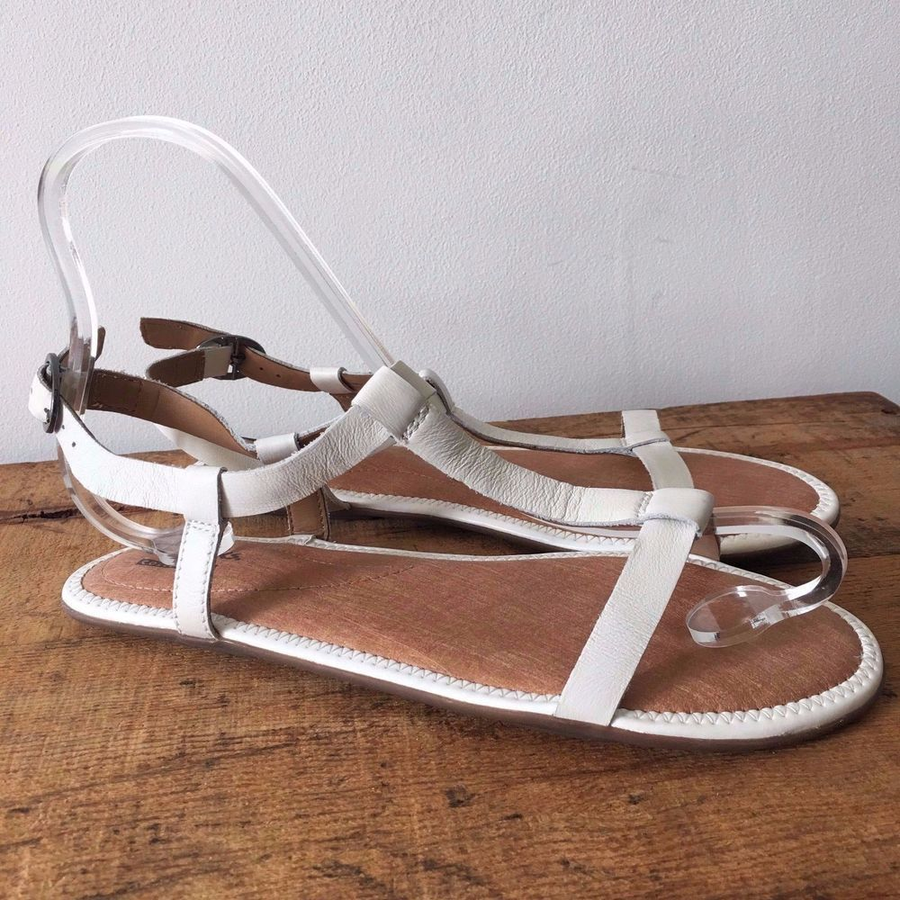 9d89557fc912 UK SIZE 5 WOMENS CLARKS RISI HOP CREAMY WHITE LEATHER STRAPPY SANDALS   Clarks  RisiHopStrappySandals