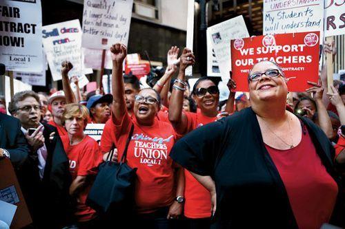 Ctu Boss Karen Lewis Officially Files To Run For Chicago Mayor Teacher Union Chicago Teachers Union Teachers