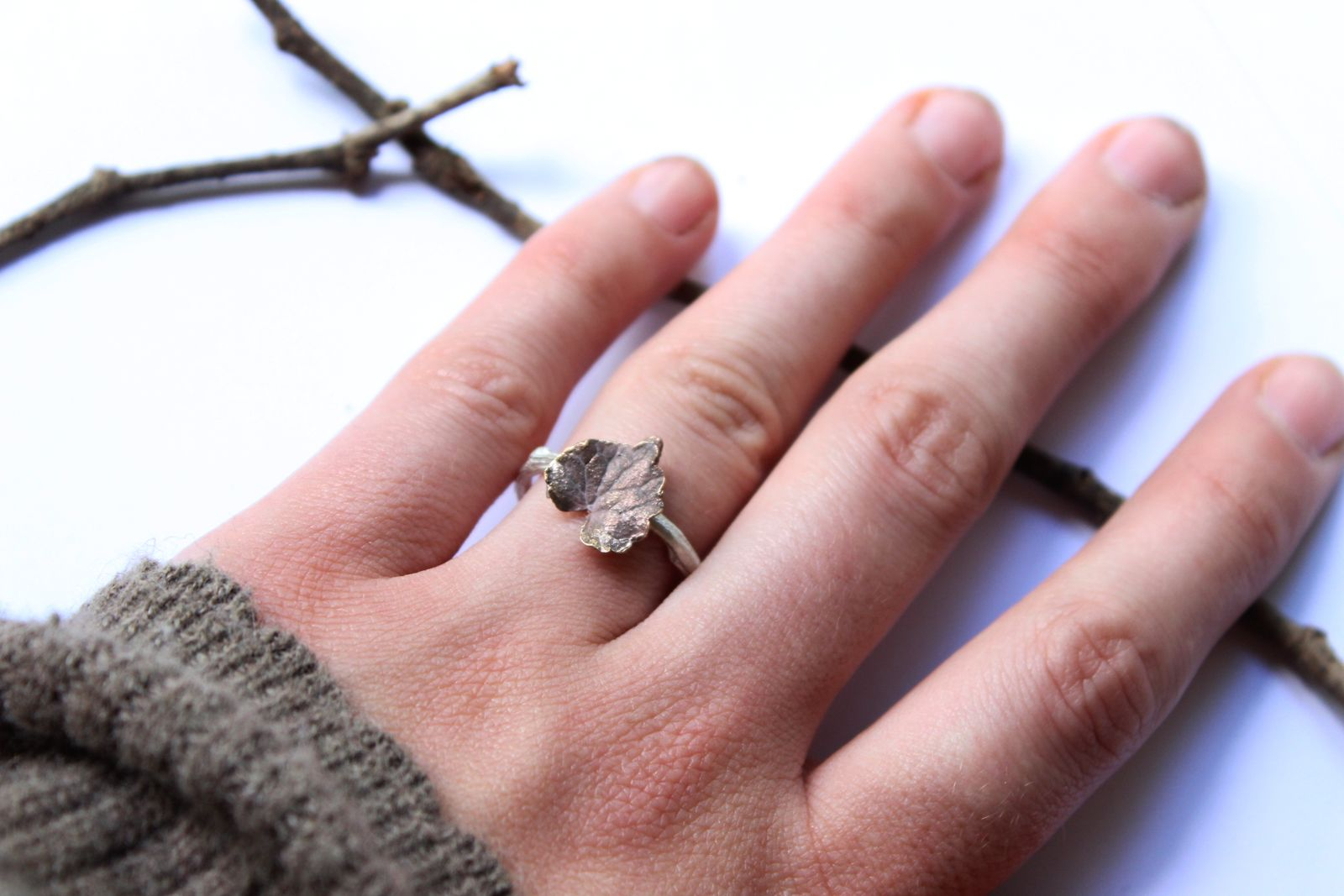 Ring branch and ivy leaf in silver and bronze collection Yavana www ...
