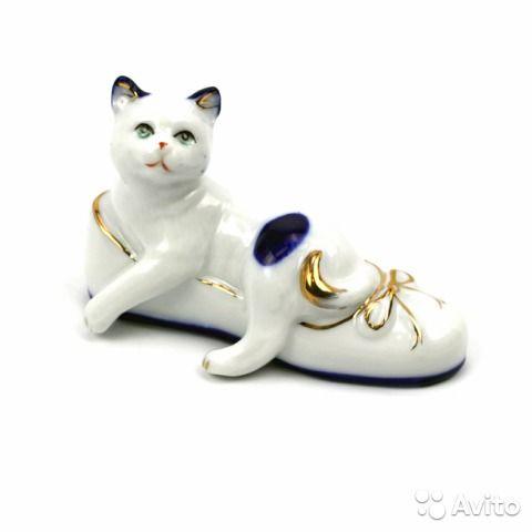 "Статуэтка ""Кошка с бантиком""фарфор | Фарфор, Кошки и Статуэтка"