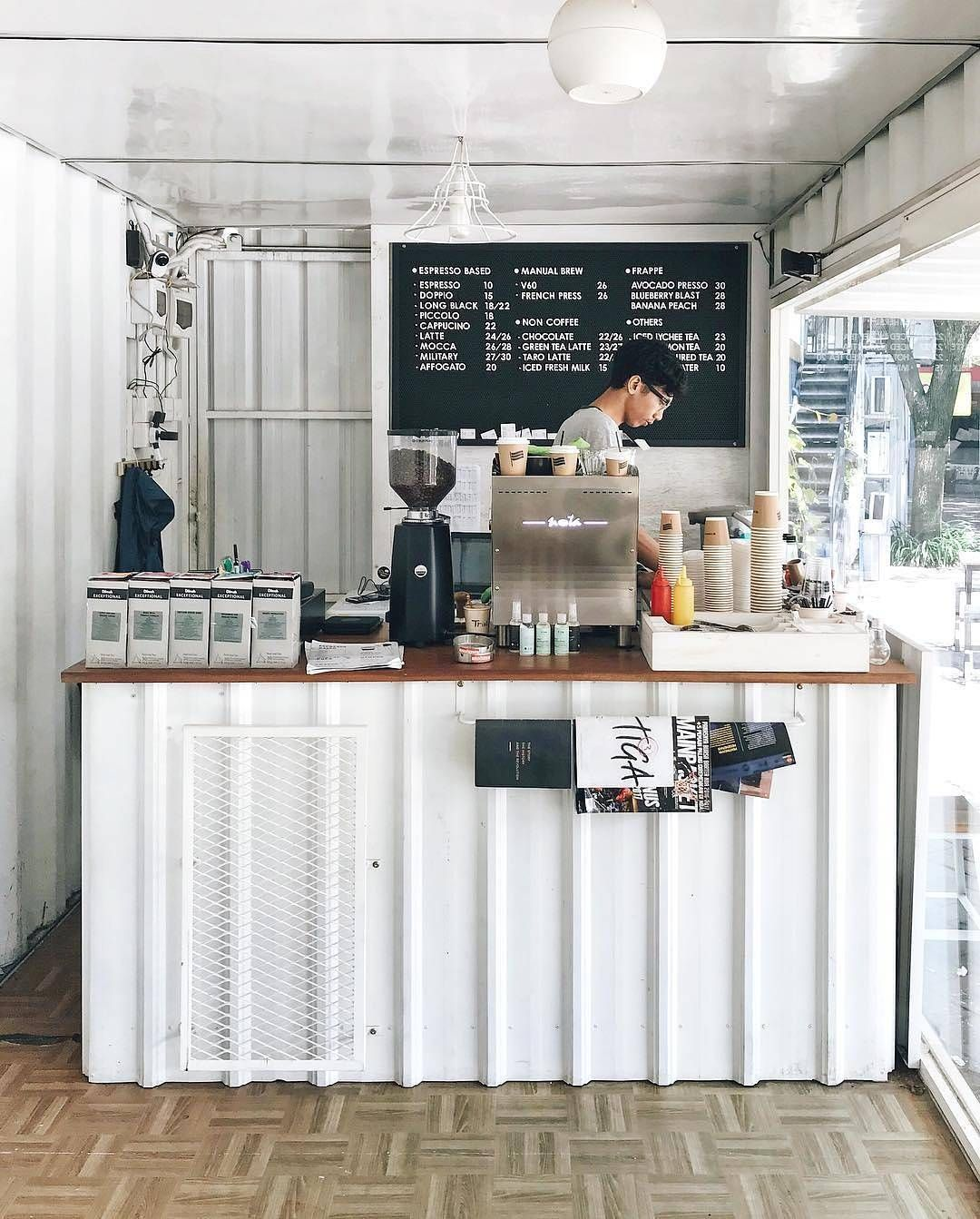 Gefallt 963 Mal 10 Kommentare Bestminicafe Auf Instagram Wonderful Pic By Dhiptadi Check Their Coffee Shop Design Coffee Bar Design Cafe Interior Design