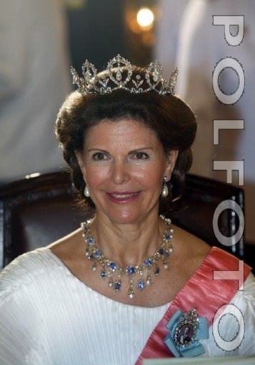 Queen Silvia wore this tiara for a dinner during the Swedish State Visit to Thailand in February/March 2003.
