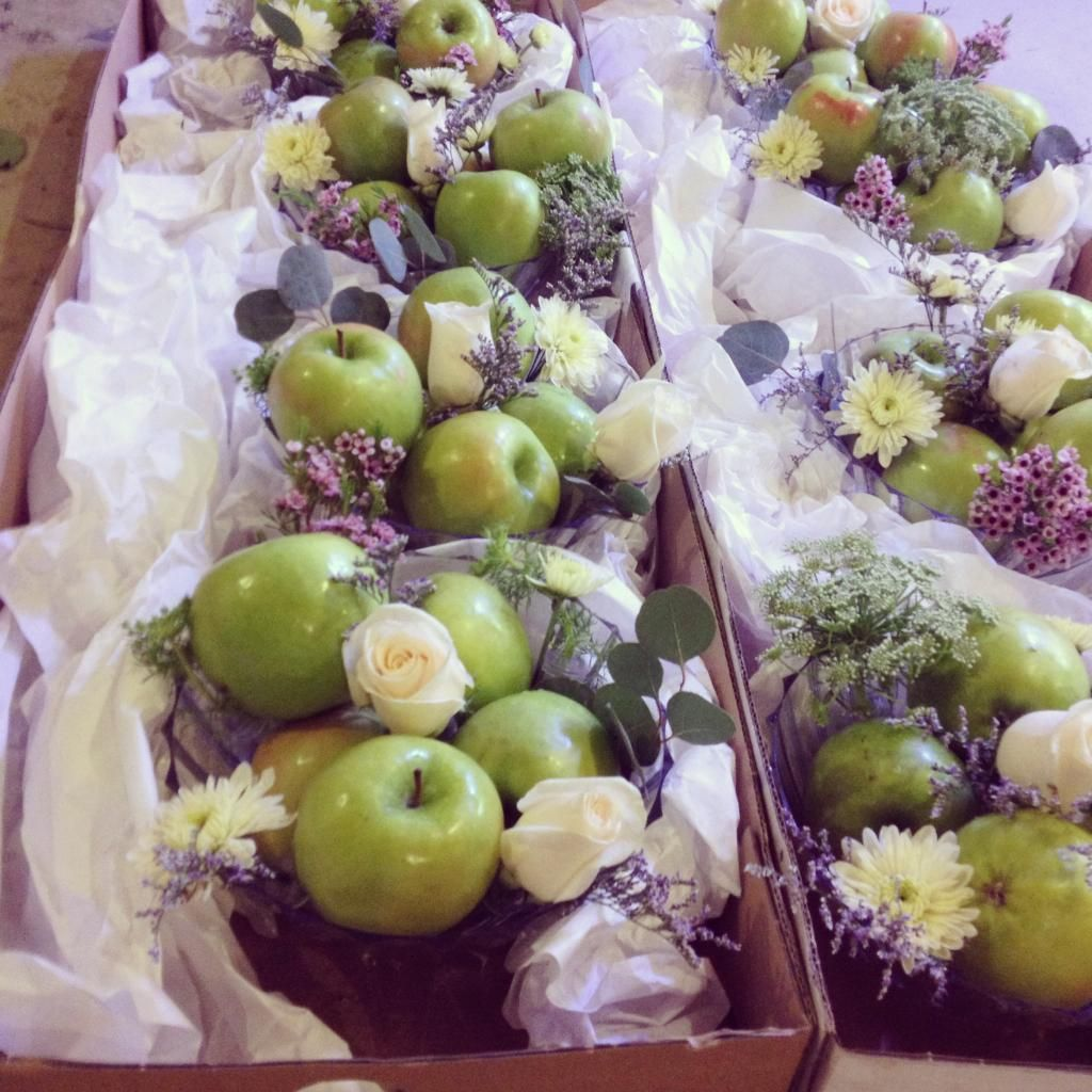 Wedding Ideas For Winter On A Budget: Apple Centerpieces For Brides On A Budget! Julie James