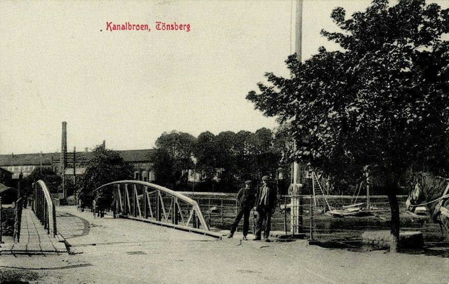Tønsberg i Vestfold kanalbroen utg Narvesen