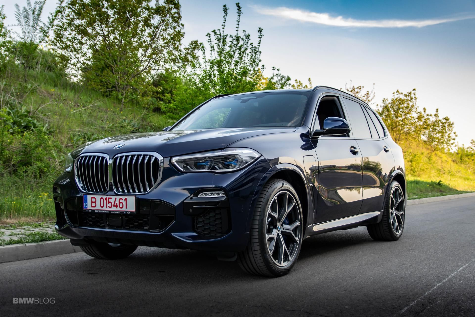 Bmw Malaysia Launches Ar App For New X5 Xdrive45e Model Bmwfiend Com In 2020 Bmw New X5 New Bmw