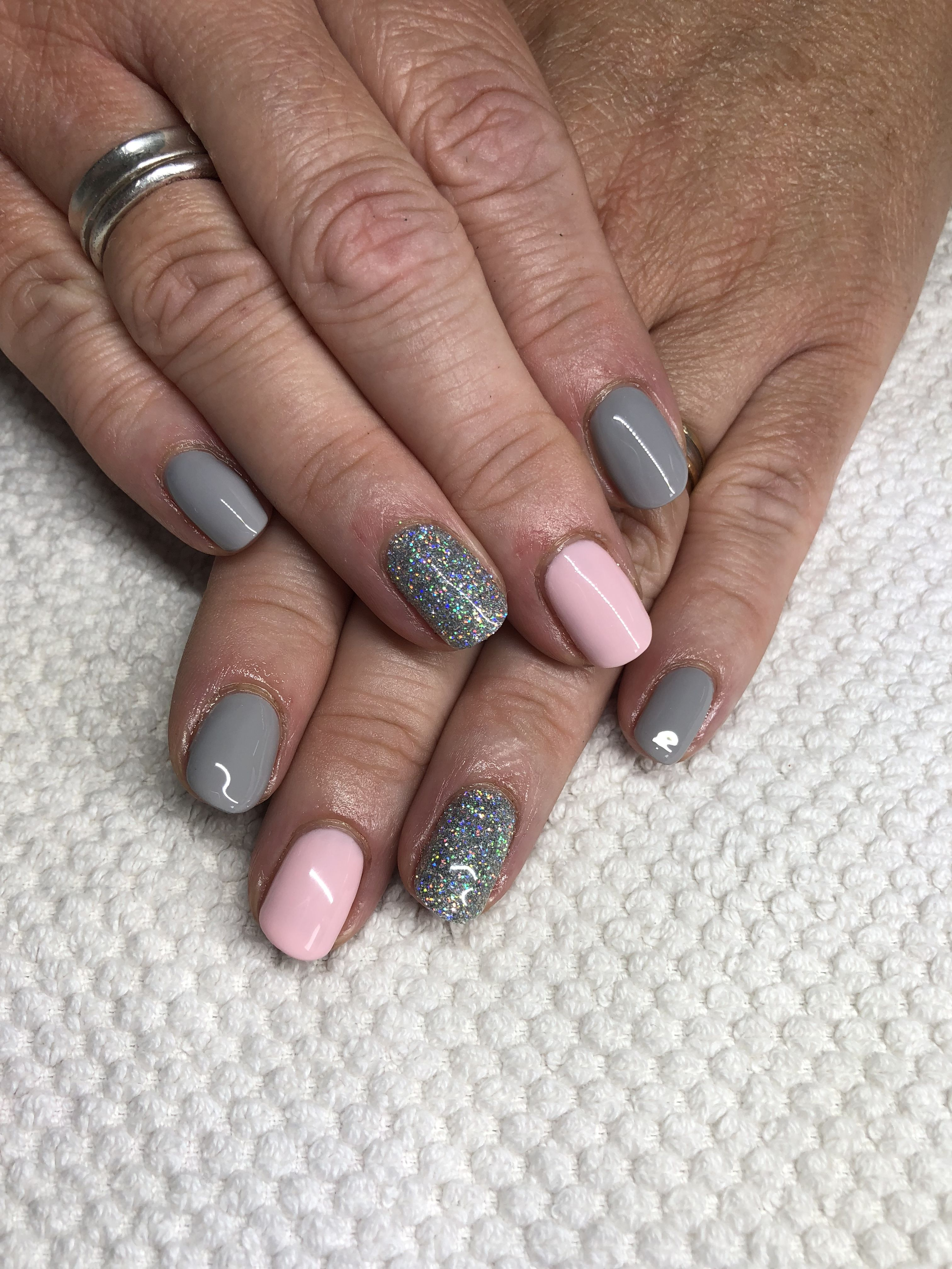 Beautiful Grey And Pink Gel Nails Pink Gel Nails Grey Gel Nails Pink Grey Nails