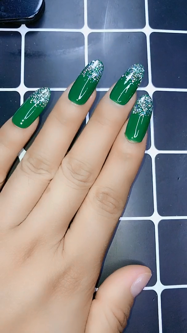 22 Super Easy Nail Art Designs and Ideas for 2020