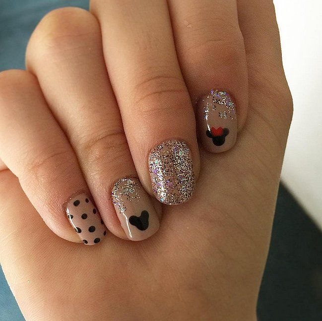 26 Disney Nail Art Designs Ideas: From Princesses To Mouse Ears, These Are The Best Ideas