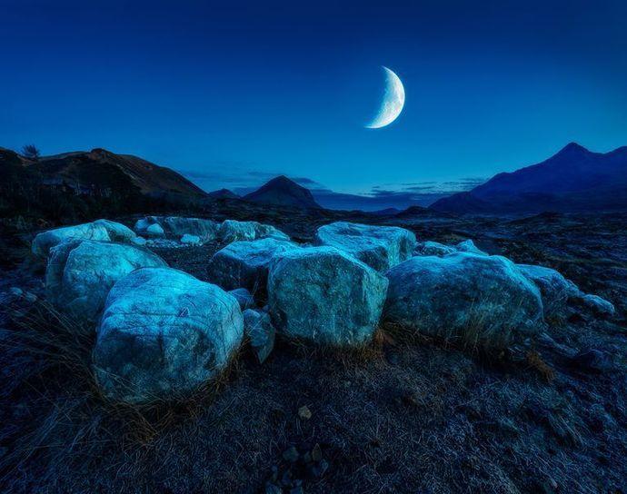 The new moon ritual #newmoonritual The new moon ritual  by witchguinivere, £35.00 GBP #newmoonritual