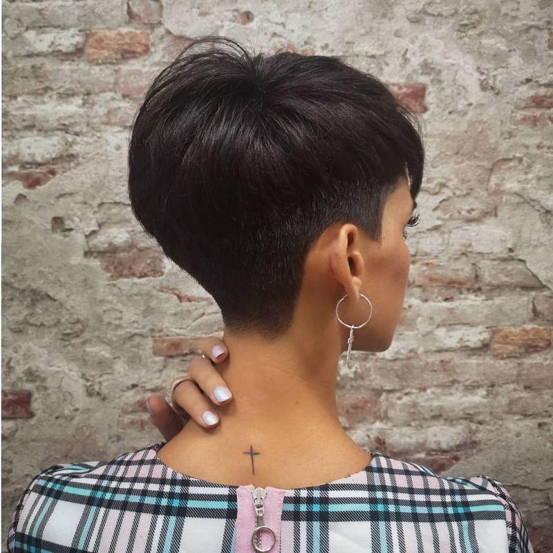35 Irresistible Short & Long Pixie Cuts | StylesRa