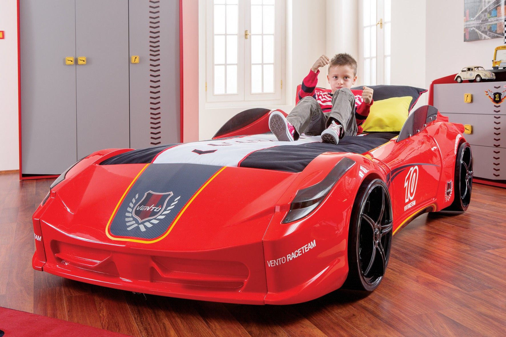 Best Click Car Bed Vento V8 Race Car Bed Close Up Jpg Kids 400 x 300
