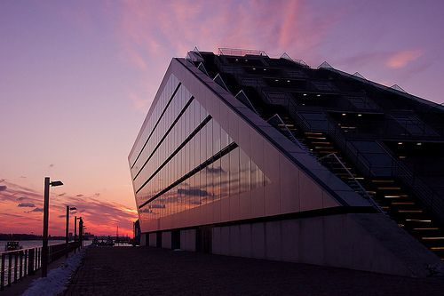 Abendhimmel im Dockland Hamburg | pixelpiraten.net