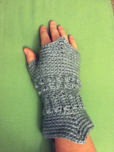 Ravelry Medieval Texting Gloves Pattern By Catherine Depasquale