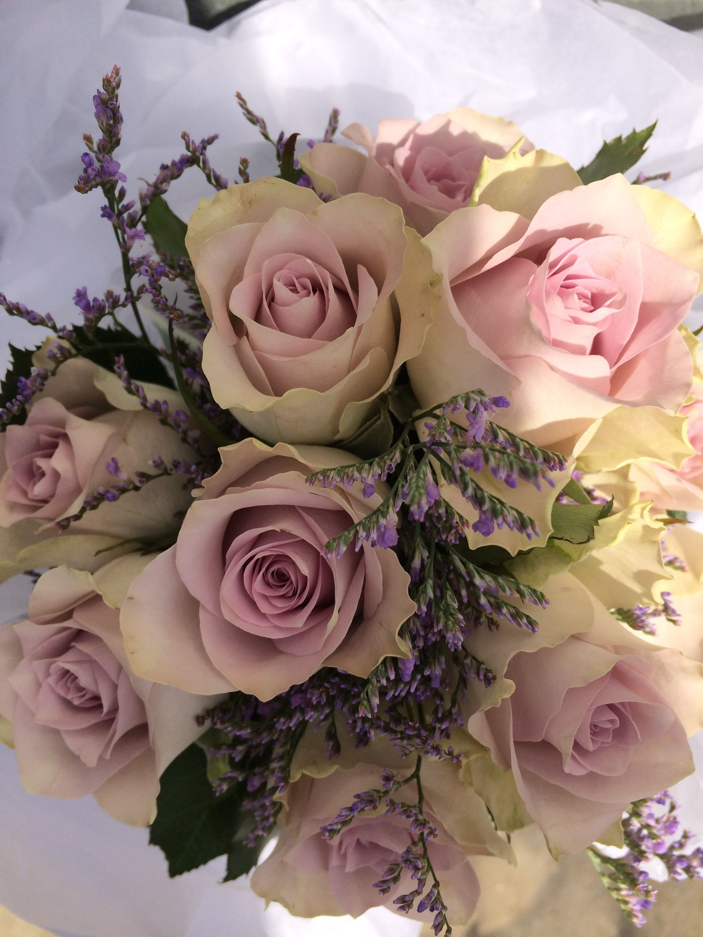 Beautiful arrangements #Wedding #Bouquet #Styling #weddingbouquets #bridebouquet #floralarrangements #flowerarrangements #flowerdesigns #floraldesigns http://www.decorit.com.au (3)