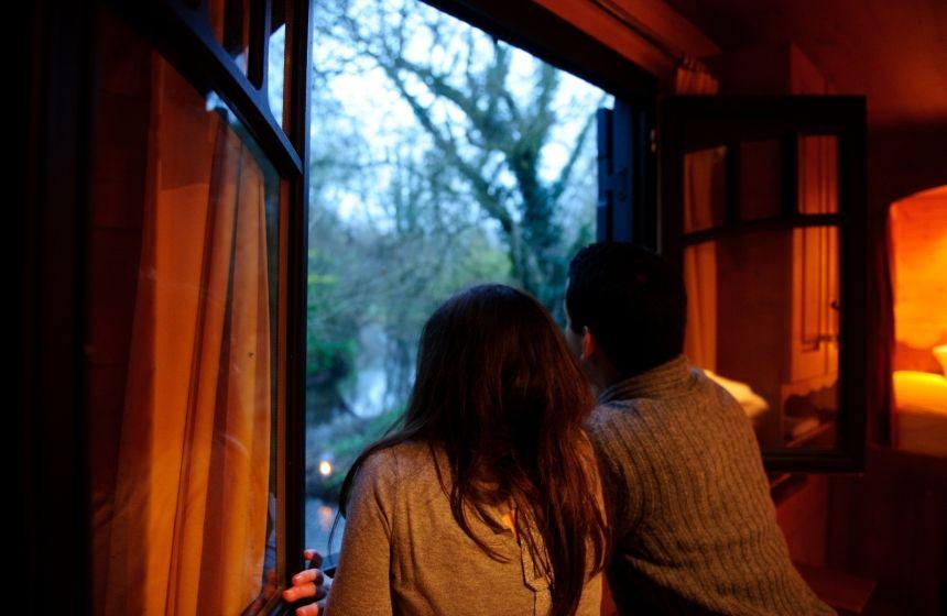 La Maison de lu0027Omignon - Regarder par la fenêtre - Vermand
