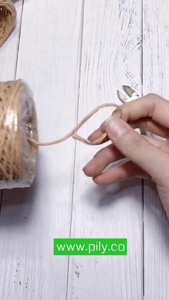 DIY braided Rattan basket