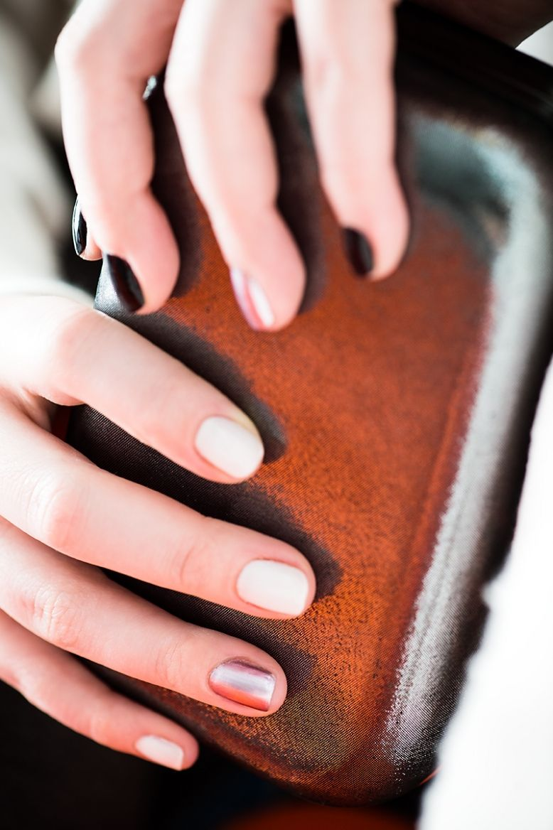 spring nail colors and trends