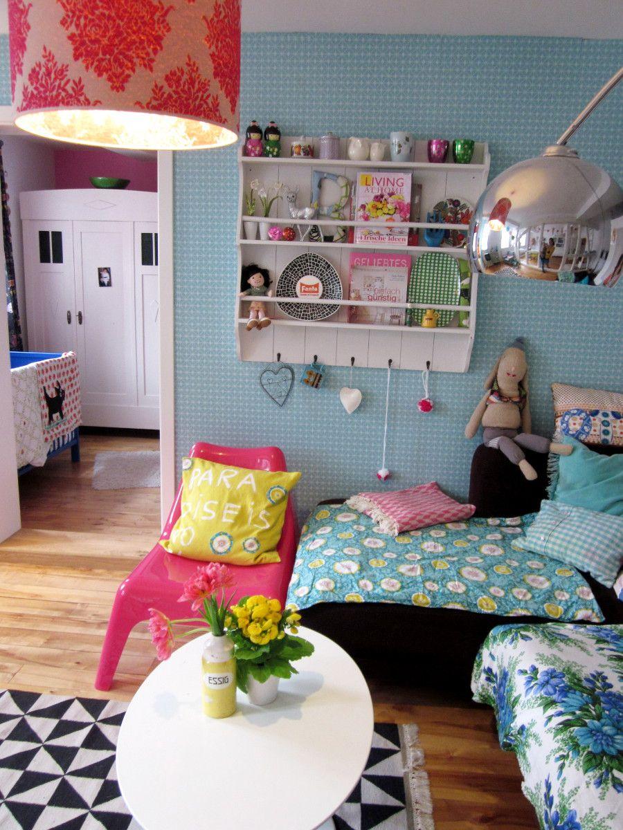 Tellerregal im bunten Wohnzimmer   Wohnung   Pinterest   Buntes ...