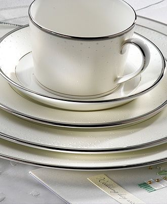 Monique Lhuillier Waterford #dinnerware #china #registry #macys BUY NOW!