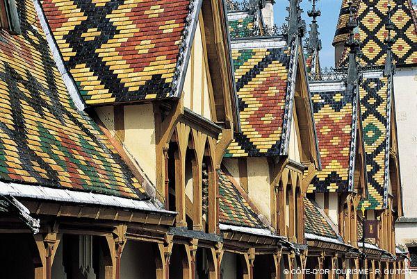 hospices de beaune tuiles verniss es sur les toits pinterest hospices de beaune. Black Bedroom Furniture Sets. Home Design Ideas