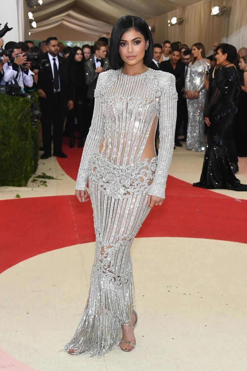 34857d92241 Met Gala 2016 Red Carpet Recap  Beyoncé
