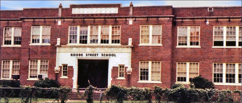 Goode Street School, Montgomery, Alabama House styles