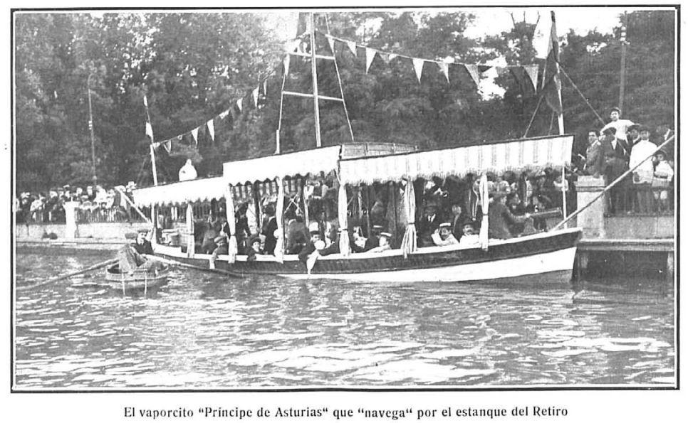 """Vaporcito """"Príncipe de Asturias"""" en el estanque de El Retiro."""