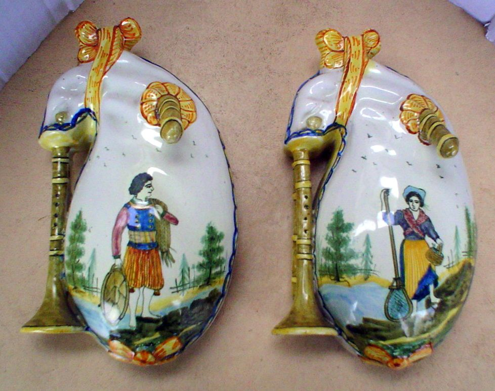 19th Century Quimper Wallpockets In The Biniou Bagpipe Form Glorious Faience De Quimper Quimper Breizh