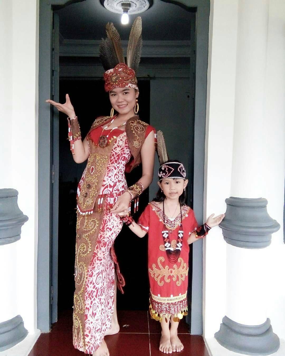 Pakaian Adat Kalimantan Tengah Adalah