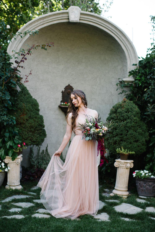 The dress garden utah - Jamie Tervort Photography White Willow Provo Utah Blush Pink Bridesmaid Dress Red Wedding
