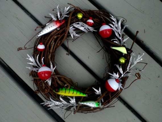 Best 25 fishing lure decor ideas on pinterest fishing for Fishing lure decor