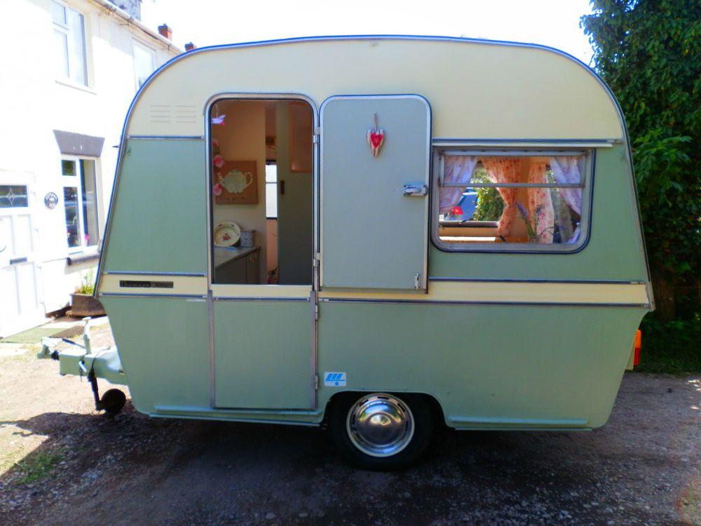 Fantastic Vintage Style Retro Caravan 2049 P