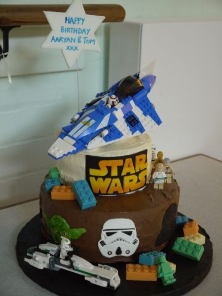 star wars ship cake | Star Wars Lego Cake - Cake Decorating ...