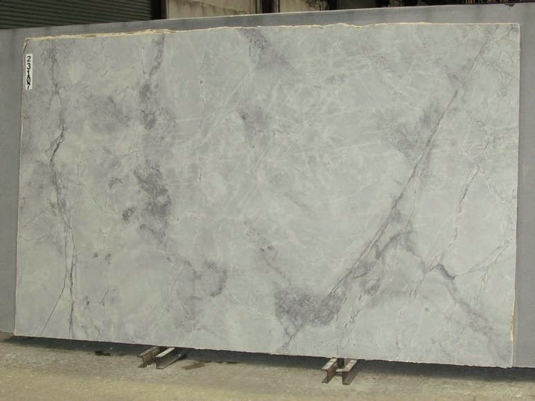 Super White Calacatta Quartzite Lot Maq18