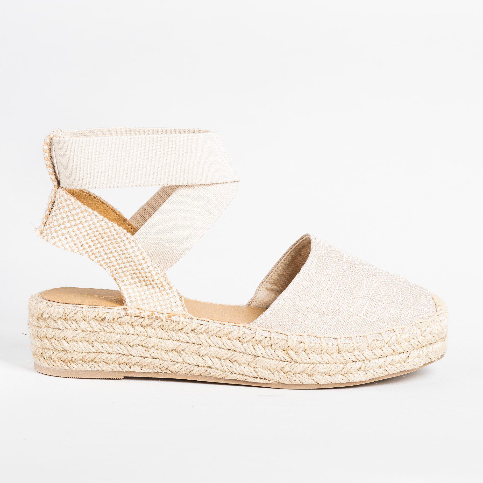 Closed-Toe Espadrille Flatform Sandals