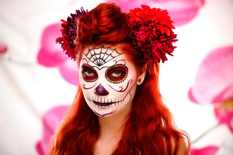 red sugar skull makeup Sugar skull face paint, Skull